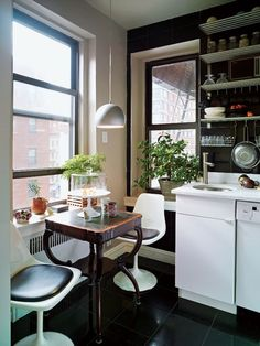 thebestlittleapartment:  via Apartment Therapy.