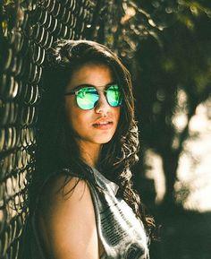 a  thainacalazans foi de BROOKLIN verde   e você  qual é a tua escolha    absurdamkt  ABSURDA  absurdaonline  gafas  anteojos  oculos  óculos   sunglasses 72c7e93117