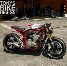 Cb400 Cafe Racer, Suzuki Cafe Racer, Suzuki Motorcycle, Cafe Racer Bikes, Cafe Racer Motorcycle, Moto Bike, Motorcycle Garage, Motorcycle Design, Bike Design