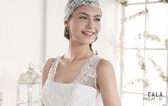 MOLAT   Bohemian Wedding Dress   2015 Cala Collection   by Sara Villaverde   Villais