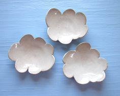 plats en céramique de nuage par JDWolfePottery sur Etsy