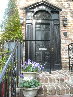 Charleston Green, Charleston, SC, I would have painted surrounding trim white like windows
