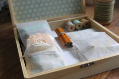 [dandee]: Stationery Kit: A Handmade Gift.