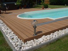 Vlonderplanken als looppad rondom uw zwembad