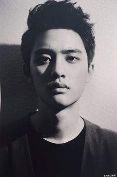 D.O - 170126 Exology: On Stage & Off Stage Exhibition Credit 됴멘.