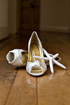 the bride's café - real wedding - megan & simon - bride - getting ready - wedding shoes - j.crew