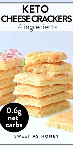 Keto Crackers Recipe, Cheese Cracker Recipe, Low Carb Crackers, Homemade Crackers, Low Carb Keto, Low Carb Recipes, Keto Snacks, Snack Recipes, Keto Cheese