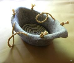 Pet bed - Cat bed -Pet furniture- puppy wool bag -felted wool cat bed (boat )- natural grey felt pet furniture - made to order