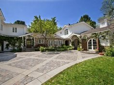 Wendy Bellissimo's house for sale in Hidden Hills CA