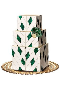 Gold and Green Art Deco Cake. The green looks like malachite, which I love.