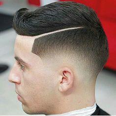 Best Gentleman Haircut Styles Hard Part Haircut Ideas for Men Trending In July 2019 Cute Medium Haircuts, Cool Haircuts, Hairstyles Haircuts, Haircuts For Men, Cool Hairstyles, Medium Hair Cuts, Short Hair Cuts, Medium Hair Styles, Curly Hair Styles