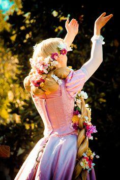 just belleieve - a Disney Face Character Blog ♥