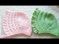 Lora (Loura) İngiliz Tarzı Bebek Şapkası You are in the right place about knitting slippers Here we offer you the most beautiful pictures about the. Baby Cardigan Knitting Pattern Free, Baby Hats Knitting, Knitting For Kids, Baby Knitting Patterns, Knitted Slippers, Knitted Hats, Crochet Hats, Knitting Videos, Crochet Videos
