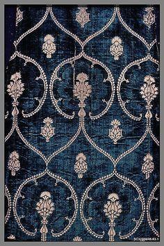 Silk & metal thread velvet, Italian, Late 15th Century