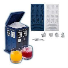 Doctor Who Ice Bucket and ice cube tray set