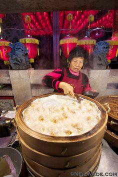 Shilin Night Market, Taipei, Taiwan | Neil Wade Taiwan Image, Asian Street Food, Taiwan Travel, Taiwan Food, Taipei Taiwan, Different Recipes, Food Truck, Good Food, Bazaars
