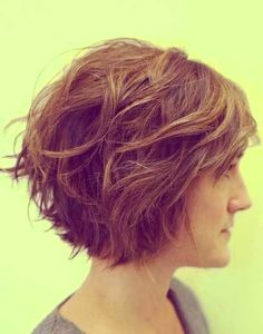 womens short wavy hairstyles pictures 2015