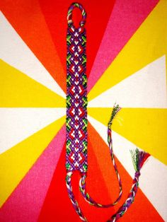 Diamonds friendship bracelet pattern number 11724 - For more patterns and tutorials visit our web or the app!