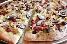 leftover Thanksgiving turkey pizza with roasted cranberries