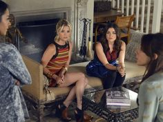Pin for Later: The Killer Outfits on Pretty Little Liars Will Haunt You All Week Long Season 3