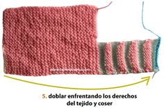 Zapatitos con punta en dos colores - Tejiendo Perú Knitting Designs, Baby Booties, Baby Knitting, Crochet Projects, Knitted Hats, Knitwear, Knit Crochet, Projects To Try, Booty