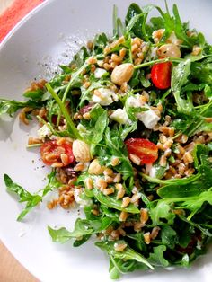 farro and arugula salad... Brown rice or quinoa should replace the farro nicely!