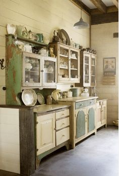 Bohemian Kitchen The Bohemian Kitchen. I adore this kitchen even though it is too big for my tiny house.The Bohemian Kitchen. I adore this kitchen even though it is too big for my tiny house. Farmhouse Kitchen Cabinets, Kitchen Cabinet Design, Kitchen Storage, Kitchen Backsplash, Unfitted Kitchen, Kitchen Buffet, Kitchen Cupboards, Upcycled Kitchen Cabinets, Antique Cabinets