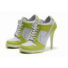 Nike SB Dunk Heels Scarpe gialli bianchi