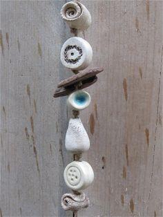 Windspiel Happy aus Keramik mit Treibholz  handmade von gedemuck, €14.00