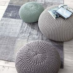 chalky shades for contemporary country living - Pouf in hellgrau, mint, dunkelgrau bei IMPRESSIONEN
