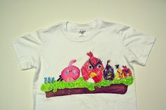 Jul & Joy!: T-shirt with Angry Birds