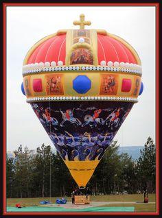 LEADING MANUFACTURING WORLDWIDE more than 400 pics on the site Balloon Clouds, Love Balloon, Balloon Rides, Hot Air Balloon, Albuquerque Balloon Festival, Air Balloon Festival, Floating Balloons, Big Balloons, Air Chair