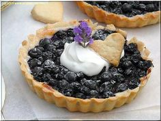 Borůvkové tartaletky Kefir, Coffee Break, How To Make Cake, Acai Bowl, Tea Time, Cheesecake, Food And Drink, Pie, Cupcakes