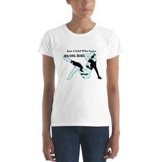 cfc42cfaa Women's Short Sleeve Walking Dead t-shirt- Just A Girl Who Loves Walking  Dead