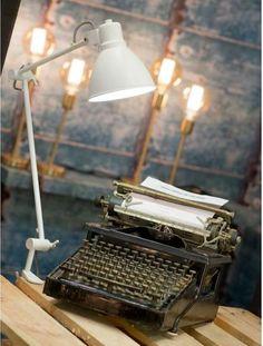 It's About RoMi Klemlamp Derby Wit ijzer - Design meubelen & verlichting | Altijd SALE | Korting vanaf 2 stuks | Zuiver