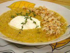 Времето застудя, макар че хич не ни се иска, затова днес сме ви подготвили една топла супичка!