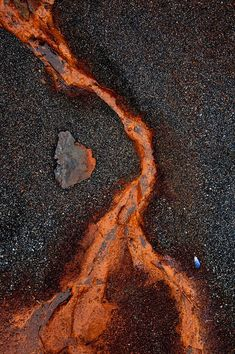 Janet Little Jeffers Lava Rust We stopped at a beautiful stretch of coastline… Patterns In Nature, Textures Patterns, Arte Yin Yang, Rust Never Sleeps, Peeling Paint, Rusty Metal, Arte Popular, Art Abstrait, Rust Color