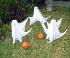 outdoor halloween decorations diy | Halloween Decor - Ghosts for Halloween - How to Make Flying Halloween ...