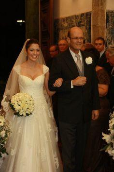 LOVA Wedding Dress