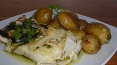 La morue à Lagareiro provient des frontières. Son nom dérive de la cuisson dans les fours dans les huileries quand ils ont pilonné l'olive.