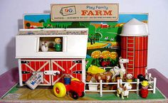 Vintage Toys Nostalgic Toys from the and - From Trolls to Looper Looms to Easy Bake Ovens to Speak and Spells - here are 28 toys to flash you back to your childhood. Fisher Price Farm Set, Fisher Price Toys, Vintage Fisher Price, Retro Toys, Vintage Toys, 1970s Toys, Vintage Art, Vintage Stuff, 1980s