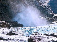 Il Tao è come l'acqua, così siamo noi...        Molti sono stati i modi usati per designare la nostra ineffabile vera natura, in accordo con le leggi universali. Il taoismo ci ha lasciato questo: il Tao è come l'acqua, che secondo me descrive in un modo possibile la trinità esistenziale, che il Tao manifesta attraverso l'Yin e lo Yang. La vita …