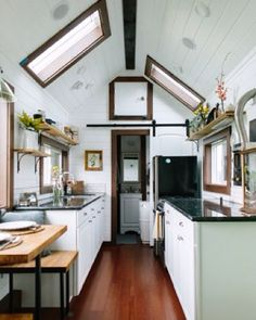 Have you seen the Premiere on HGTV of Tiny Luxury ? @tinyheirloom #tinyhouse…