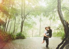 Unique Locations for Engagement Photos -- lots of great advice on where to take your engagement photos!