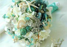Bouquet Gioiello http://ilsognodiunavita-thedreamofmylife.blogspot.it/2014/01/i-bouquet-gioiello-piu-belli.html