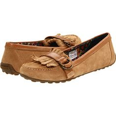 I really want a pair of mocs for fall! these would be the perfect pair.