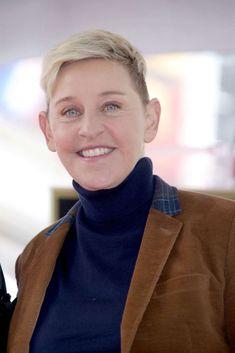 Ellen DeGeneres posing for the camera: Ellen DeGeneres attends the Hollywood Walk of Fame ceremony for Pink in Los Angeles on Feb. Ellen Degeneres Show, Minions Funny Images, Minions Quotes, Funny Minion, Funny Jokes, Ellen And Portia, Comedy Specials, Portia De Rossi, Kim Kardashian And Kanye