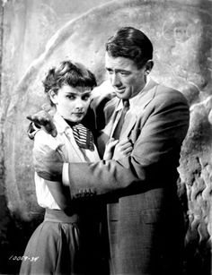 """summers-in-hollywood: """"Audrey Hepburn and Gregory Peck on the set of Roman Holiday, 1953 """" Audrey Hepburn Makeup, Audrey Hepburn Roman Holiday, Audrey Hepburn Born, Gregory Peck, Golden Age Of Hollywood, Classic Hollywood, Old Hollywood, Hollywood Couples, Hollywood Icons"""