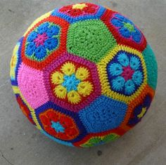 How to make an African Flower soccer ball