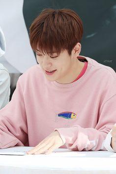 """ 160426 Daegu Fansign | © some """